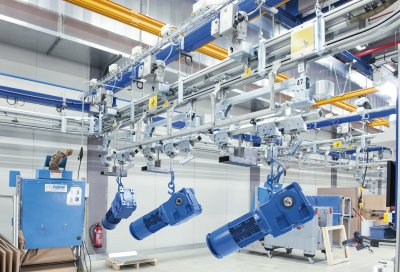 NORD systems drive overhead conveyors and hoists from a paint shop