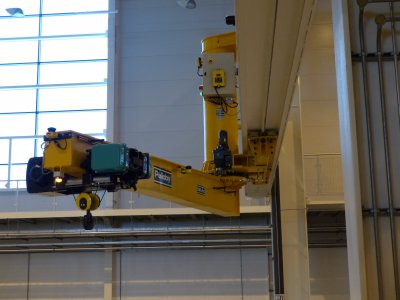 VERLINDE VT hoist selected to equip the inverted stem of PELLOBY